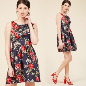 Flattering Floral ModCloth Navy and Red Dress! 🌹